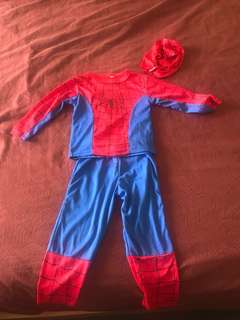 Spider-Man outfit with mask included ( for 4-5 years old)