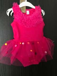 全新 球球包屁紗裙(90碼)嬰兒連身衣 爬服 兔裝,非背心 T恤 洋裝 外套