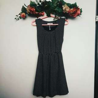POLKA DOT SUNDAY DRESS
