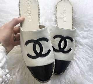 🚚 白色Chanel香奈兒最新款拖鞋 正品