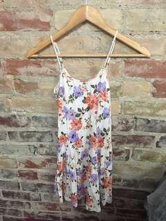 Forever 21 flower patterned panelled dress