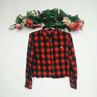 CROPPED PLAID BUTTON UP TOP