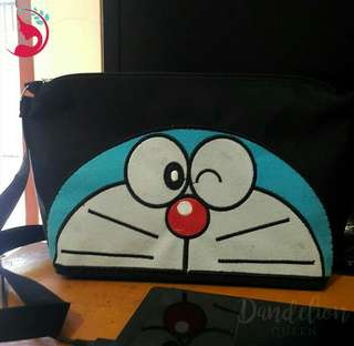 Promo sling bag atau tas slempang wanita karakter Doraemon