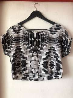 H&M abstract crop top