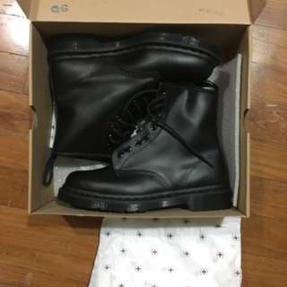 Dr Martens 1460 Mono Boot in Black US9 UK8 EU42