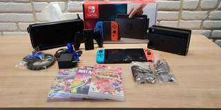 Nintendo Switch preloved. 3 game. 1 carrying case.