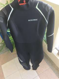 (Slightly NEGOTIABLE) Oceanic wetsuit for ladies
