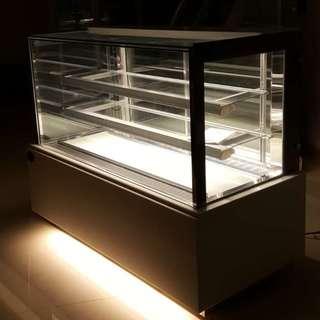 Luxury Type 4ft Japanese Style Cake Showcase