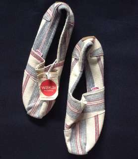 Wakai Sorano Slip on shoes