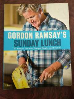 Gordon Ramsays cook book sunday lunch