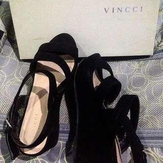 Vincci Wedges