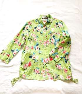 Basic House Floral Button Down
