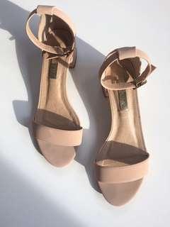 BILLINI Nude sandal block heel