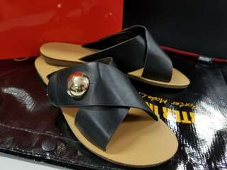 Cross black casual flat sandal
