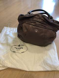 Prada bag 闊34 cm高29 cm with card and dust bag