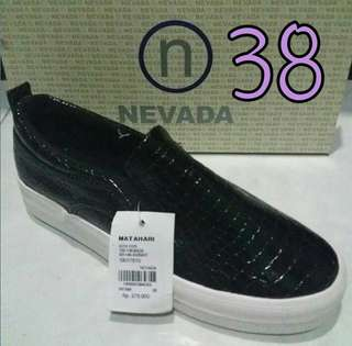 Nevada size 36
