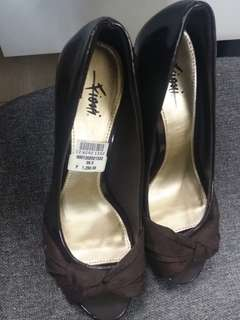 Women's Heels Size 6.5