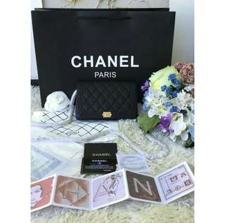 Chanel Le Boy Wallet On Chain in Caviar