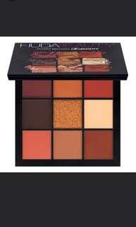 Huda beauty Mauve Obsession and Warm Brownpallete