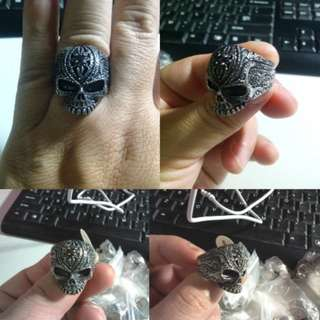 Cincin Alien Skull Hidden Stone Stainless Steel