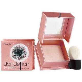 Benefit Dandelion Twinkle highlighting powder