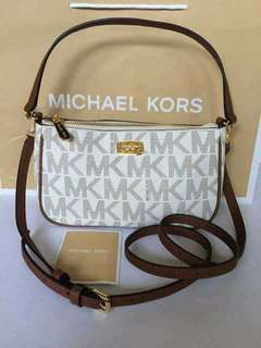 Michael Kors Jet Set Convertible Pouchette/Crossbody