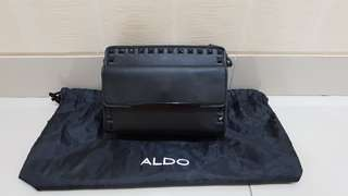 Tas kecil slempang merk Aldo Ori