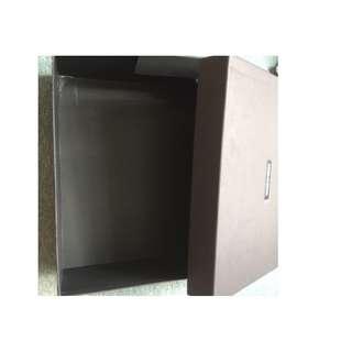 Dolce & Gabbana 30x26x11 黑盒