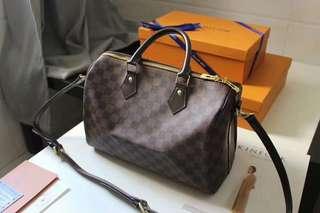 Louis Vuitton 30 b