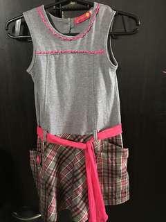 👧girls dress (bought in Dubai)