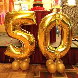 Jumbo number balloons set of 2