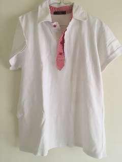 Kaos Kerah Putih