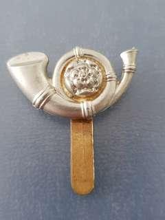 Genuine ORIGINAL WW1/2 British Army King's Own Yorkshire Light Infantry cap badge J.R. GAUNT B'HAM
