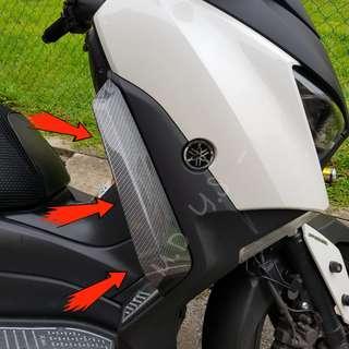 Xmax 300 : Leg Wind Deflector (Pre-Order)