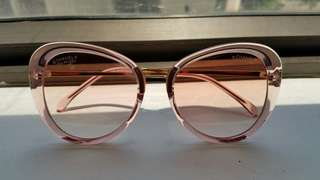Chanel Pink Sunglasses A quality