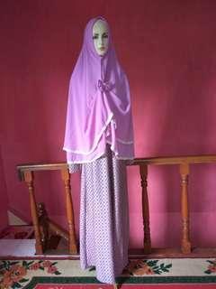 gamis muslimah ungu