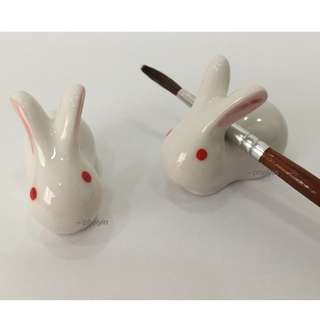 Pink Ears White Rabbit Brush Rest