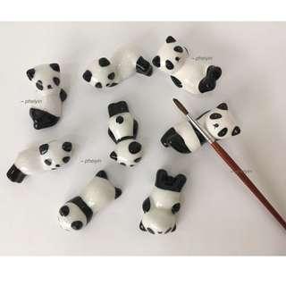 Panda Brush Rest