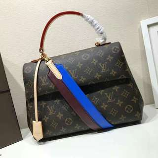 Louis Vuitton 🚩Ready to ship in limited time
