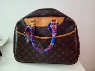 MARK DOWN‼️ [Preloved Authentic‼️] Louis Vuitton LV Deauville with padlock
