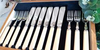 Vintage cutlery set in beautiful condition