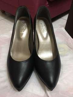 黑色素面高跟鞋👠 24.5