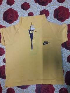 Authentic kids Nike collar tshirt