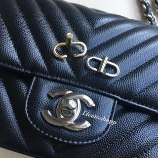 Bag clip for chain / strap shortening for Chanel and other bags