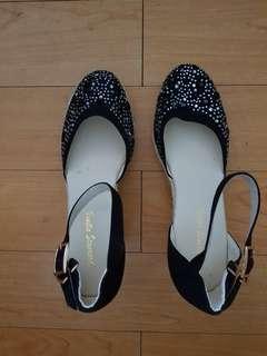 Vanilla Standard Sandals Shoes