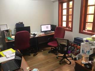 CBD (Telok Ayer) office rental. Short term