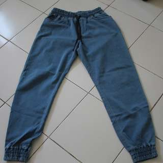 Swagger jeans plus faded jeans