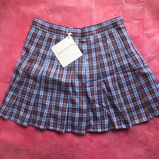 [Clearance Price] BNWT Checkered Skirt with shorts underneath
