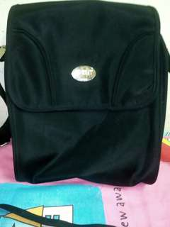 Avent Coller Bag/ Therma Bag Black