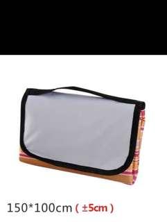 Outdoor picnic waterproof mat